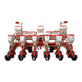Pneumatic Planter with Hydraulic Row Space